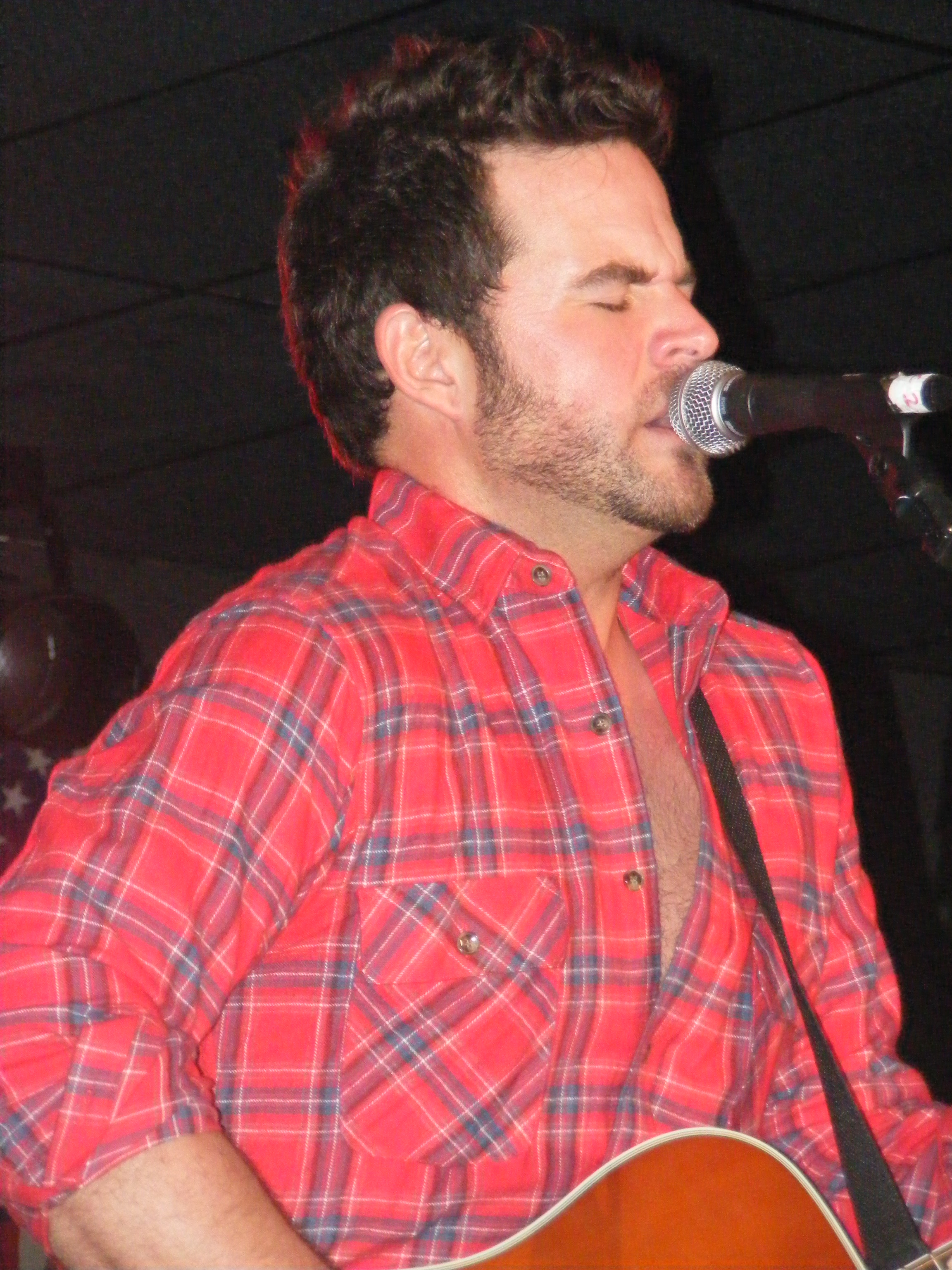 David Nail Hits Gold Twice! | South Florida Country Music