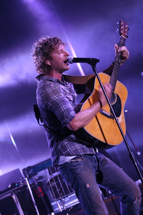 dierks bentley to play new years eve show in orlando south florida. Cars Review. Best American Auto & Cars Review